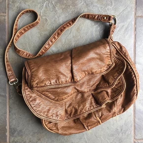 Echo Handbags - Tan Leather Crossbody Purse